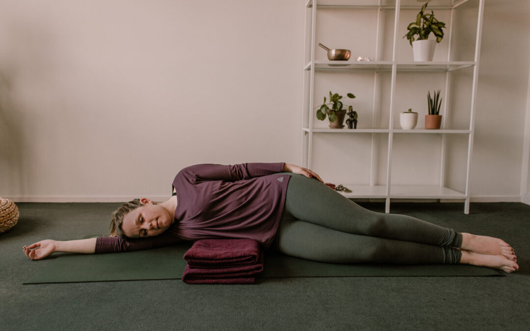 De kracht van yogatherapie in de praktijk